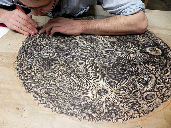 Tugboat-Print-Shop-Woodblock-Carving_01_killerprone.wordpress.com
